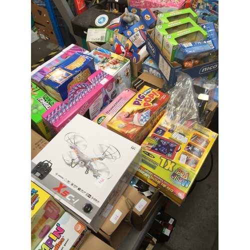116 - Large quantity of boxed games and toys to include Kiddy Dough, Play-Doh, Barbie plates, The Original...