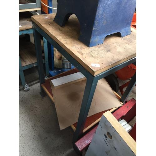 6 - A workbench....