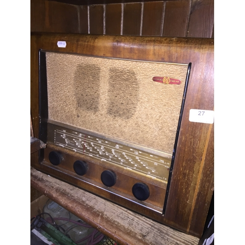 27 - An old Pye radio...