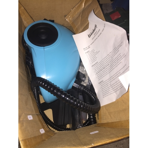 495 - A Kaleidoscope  26S415 steam cleaner and attachments...