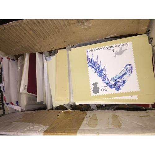 747 - A box containing various postcards...