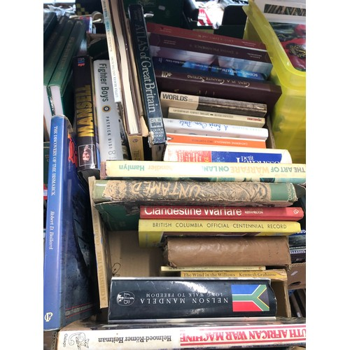 423 - 11 boxes of books
