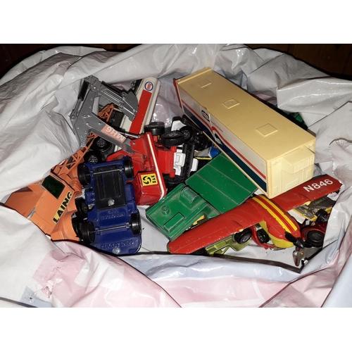 10 - A bag of playworn toy car...