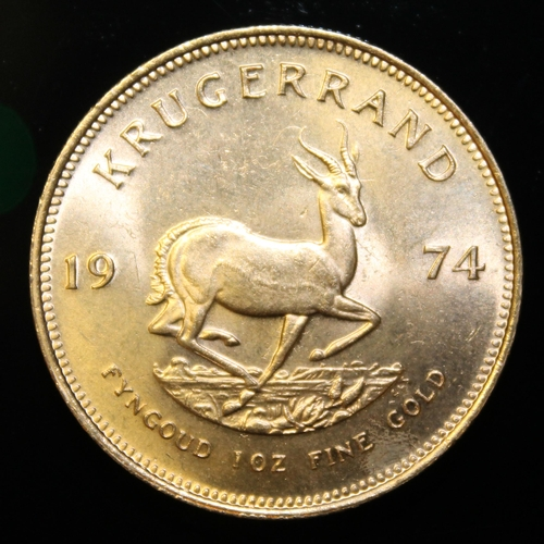 4 - South Africa, 1974 Krugerrand, 1 oz. fine gold (91.67%) ONLY 10% BUYER'S PREMIUM (INCLUSIVE OF VAT) ...