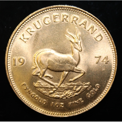 44 - South Africa, 1974 Krugerrand, 1 oz. fine gold (91.67%) ONLY 10% BUYER'S PREMIUM (INCLUSIVE OF VAT) ...