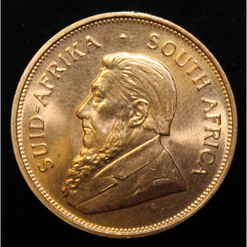55 - South Africa, 1975 Krugerrand, 1 oz. fine gold (91.67%)  ONLY 10% BUYER'S PREMIUM (INCLUSIVE OF VAT)...