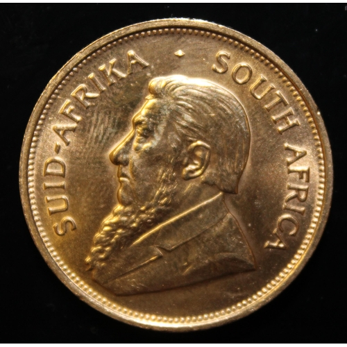 57 - South Africa, 1975 Krugerrand, 1 oz. fine gold (91.67%) ONLY 10% BUYER'S PREMIUM (INCLUSIVE OF VAT) ...