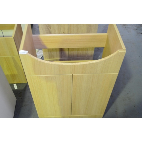 124 - light oak 600mm sink vanity unit with cupboard storage rrp £120...