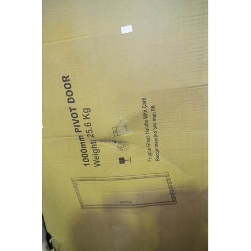 141 - 1000mm pivot shower door rrp £190...