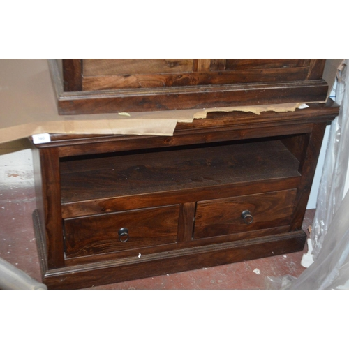 346 - DESIGNER HARD WOOD TV CONSOLE TABLE RRP £250...