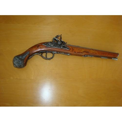 8 - Decorative Ornate Gun...