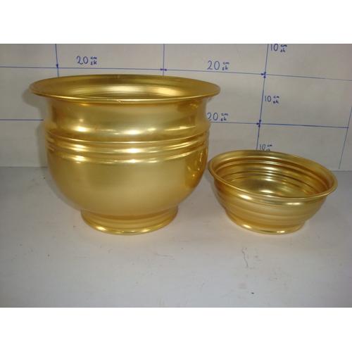 38 - x2 Aluminium Golden Color Painted Flower Pots...