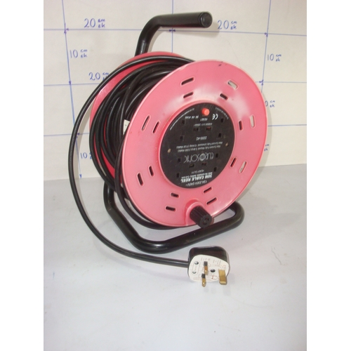 59 - 30M Cable Reel 240V 13A...