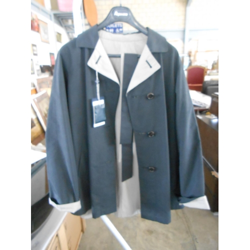 31 - Aquascutum London Echo Reversible Coat Navy White with Belt Size 14 (New)...