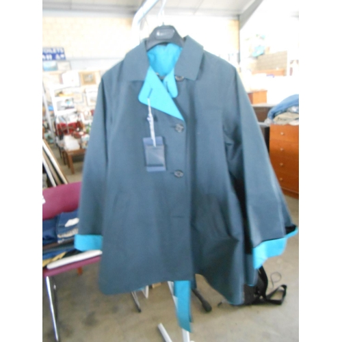 30 - Aquascutum London Echo Reversible Coat Navy with Belt Size 12 (New)...