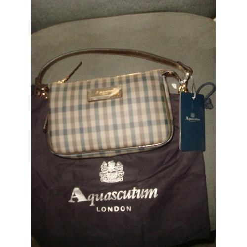 17 - Aquascutum London Pochette Ladies Bag (Unused) 5ZDBDA 80925...