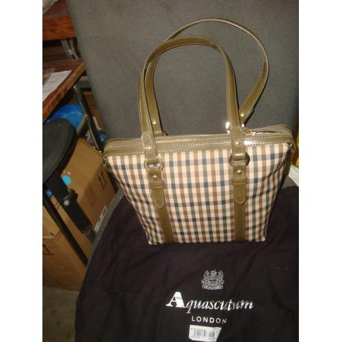 52 - Aquascutum London Shopper Ladies Bag Olive (Unused) 5ZDBDM 80925...