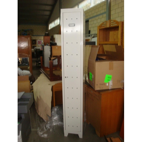 15 - Metal Locker Cabinet-Code N/A...