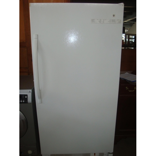 29 - General Electric FUG 17DSCRWH Freezer (New)-Code AM6882M...