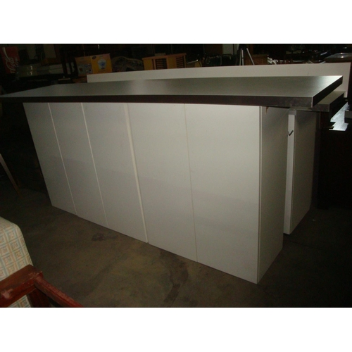 16 - Kitchen Bar Unit with Accessories-Code N/A...