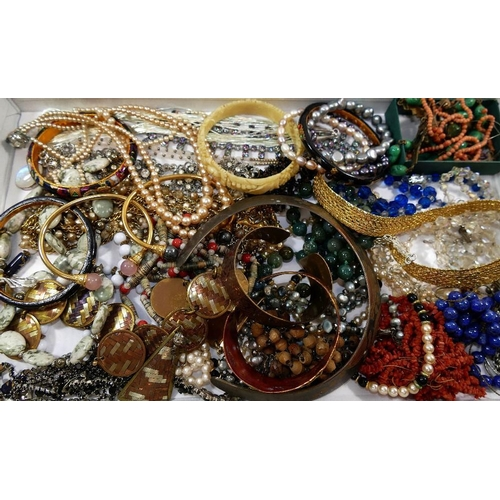 272 - A quantity of assorted wrist watches and 19th century and later costume jewellery including paste se...