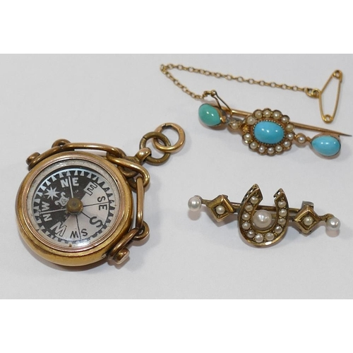 281A - A 15 carat gold mounted circular compass spinning fob, with bloodstone set to the reverse, a Victori...