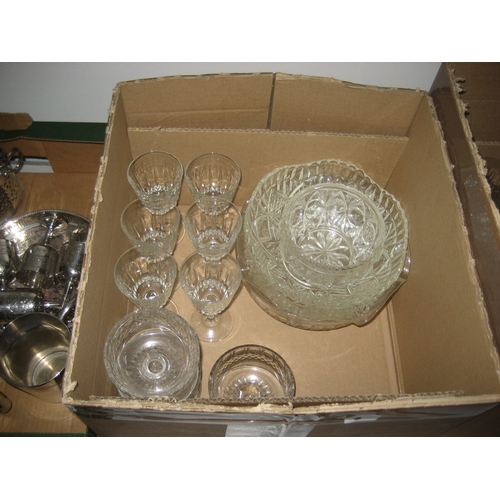 3 - A LARGE COLLECTION OF CUT AND OTHER GLASS TO INCLUDE WINE GLASSES^ BRANDY BALLOONS^ SUNDAE DISHES ET...
