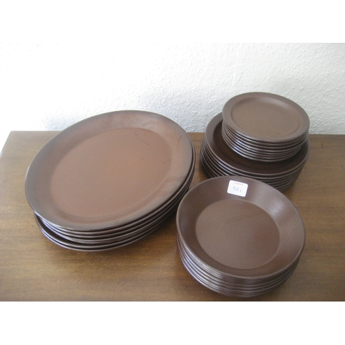 30C - 8 BROWN PLATES 31CM LONG^ 8 BOWLS AND A FURTHER 16 PLATES....