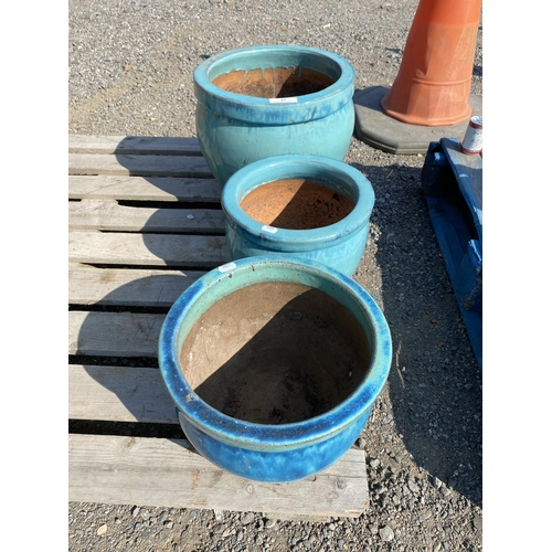 40 - Three turquoise coloured salt glazed stone ware planters...