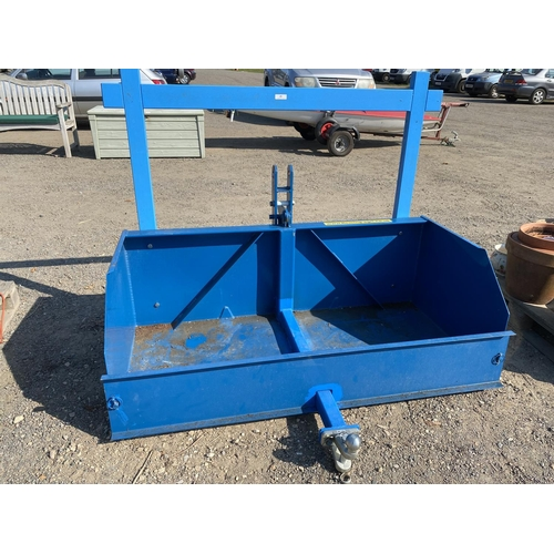 48 - A Fleming TB5 tractor mounted tipping transport box...