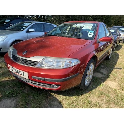 24 - A 2003 Renault Laguna Dynamique 1.8 five door hatchback (manual) J76497, odometer reading 39,968 mil...