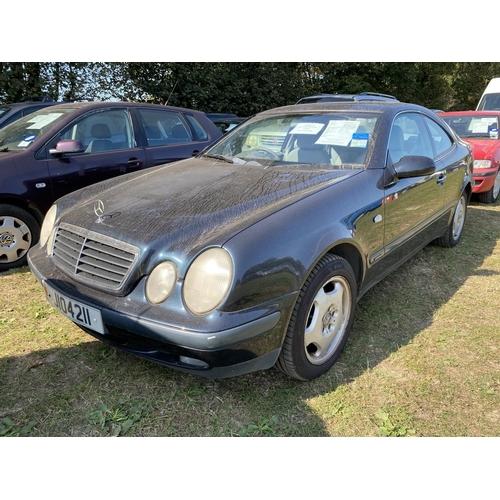 30 - A 1998 Mercedes-Benz CLK 230 Kompressor Elegance 2.3 coupe (manual) J104211, odometer reading 79,566...