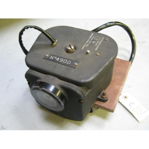 439 - A post war British Dekko type G.W.I. Mk 1A Aircraft Target Camera, to take 35mm film, bearing broad ...