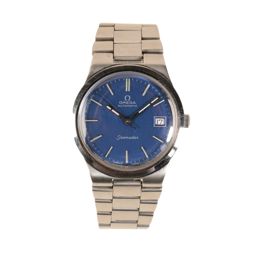 43 - OMEGA SEAMASTER GENTLEMAN'S STAINLESS STEEL BRACELET WATCH with automatic movement the blue dial wit...