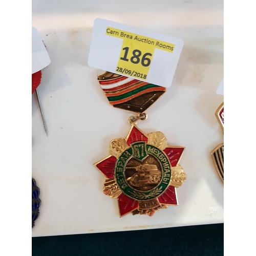 186 - Russian badge...