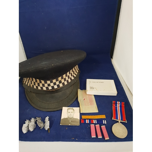 41 - Devon & Cornwall Police inspector lot with medal...