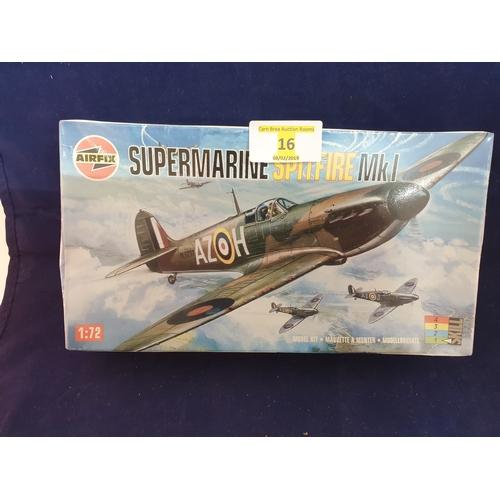 16 - Spitfire kit...