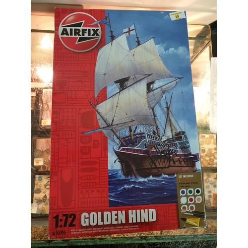 19 - Golden hind kit...