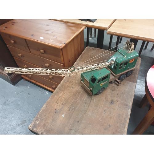 21 - Marx Tin plate crane...