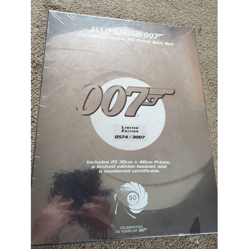 45 - JAMES BOND 007 Limited Edition Commemorative 25 Art Print Box Set sealed...