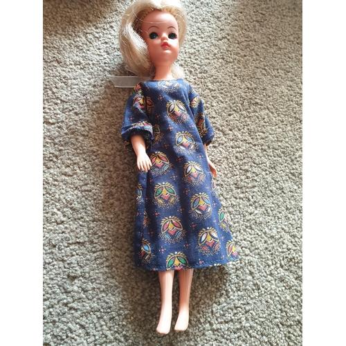 35 - Vintage Sindy Doll...