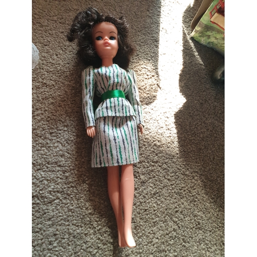 36 - Vintage Sindy Doll...