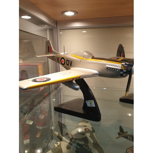 41 - Bravo Delta Model P 41 Mustang Scale 1/28 large Model...
