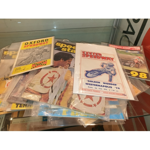 33 - Early Speedway magazines and programmes...