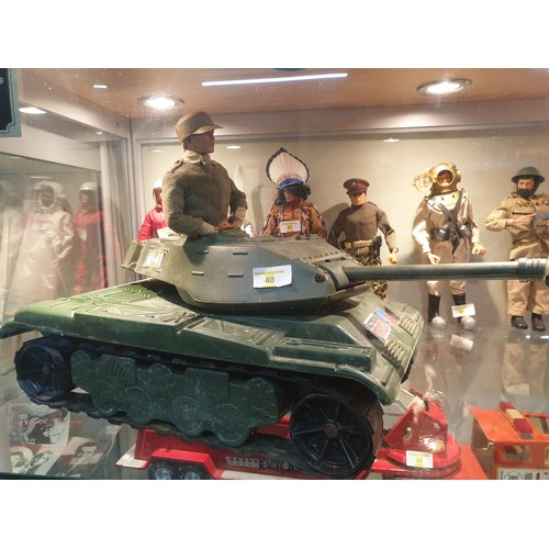 40 - Action man M-16 Tank and Vintage Action man...