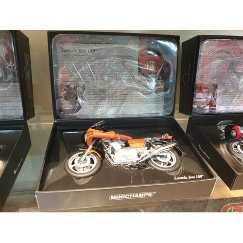 58 - Minichamps Laverda Jota 180 1:12 scale model classic bike series No 51...