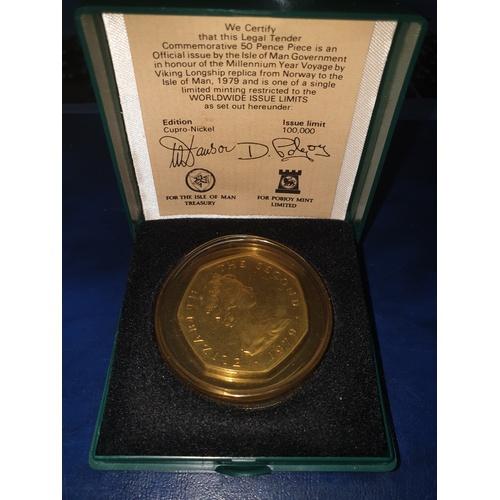 256 - 1979 50p Isle of Man Commemorative Coin Viking Longship with CoA & Box...