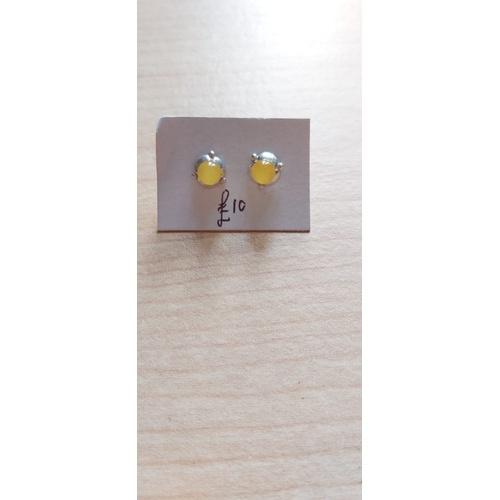 490A - Amber Earings...
