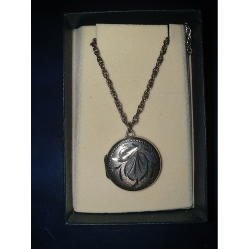 136 - Silver hall marked Locket Necklace 8g 17