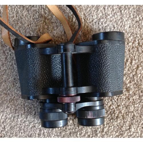 263 - CARL ZEISS JENNA - jenoptem 8 x 30 W binoculars  leather case(not original but good quality)...